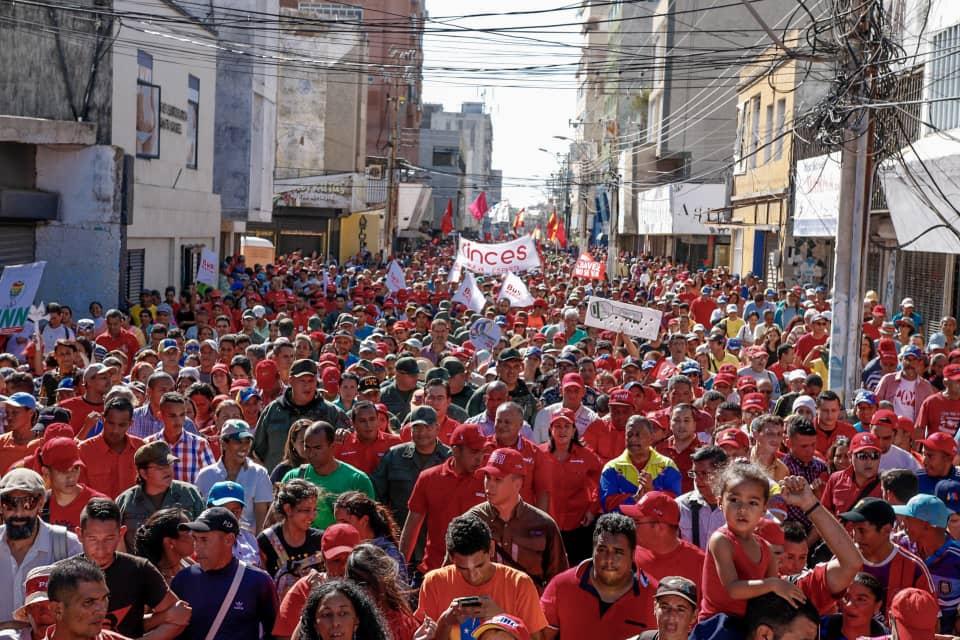 По време на чависткото шествие в подкрепа на Мадуро и против заплахата от американска интервенция във венесуелския щат Нуева Еспарта. Снимка: TeleSur