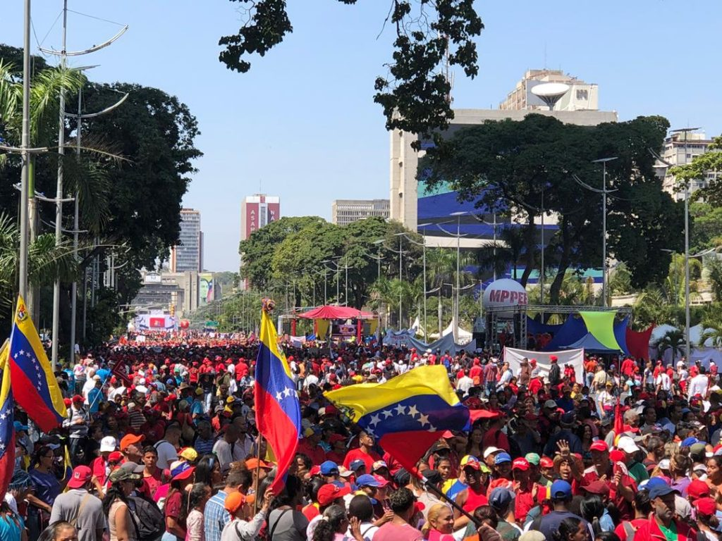 Още един кадър от чависткия митинг на 2 февруари в Каракас. Снимка: albaciudad