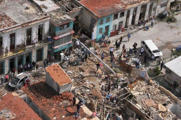 Някои сгради са разрушени напълно. Снимка: Juventud Rebelde