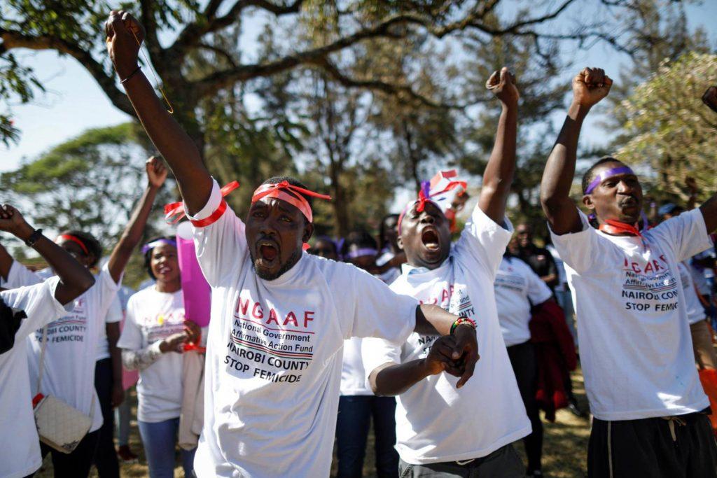 В Найроби, столицата на Кения, в демонстрацията против домашното насилие и убийствата на жени активно се включиха и мъже. Снимка: EFE