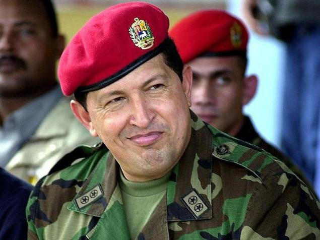 Легендарна остава червената барета на парашутист, какъвто всъщност бе Чавес преди да стане президент. Снимка: albaciudad