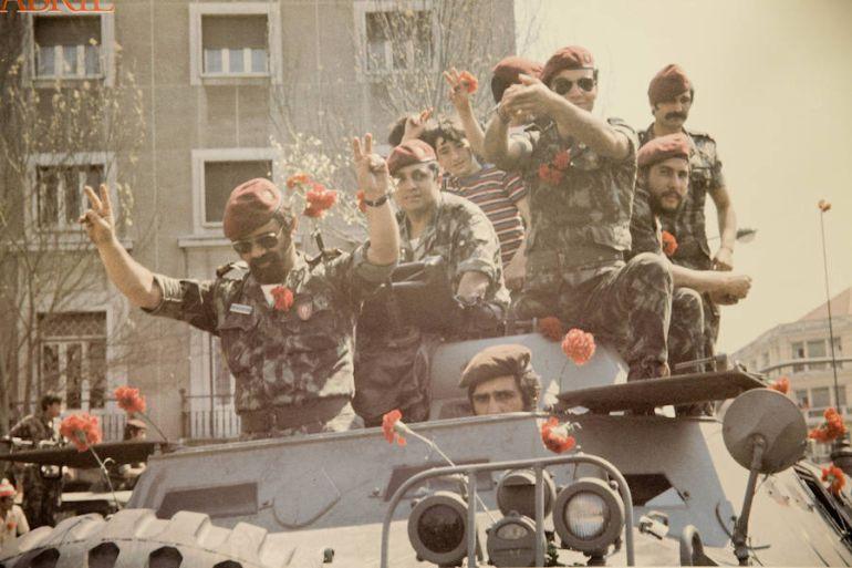 Цялата армия доста бързо минавата на страната на въстаналите. Снимка: Cadena Ser