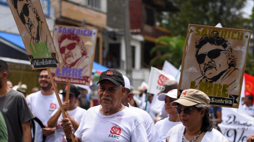 Демонстрация с искане за освобождаване на Хесус Сантрич. Снимка: New Militant