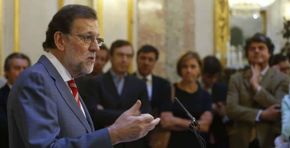 Мариано Рахой предупреди, че няма да предлага премиерската си кандидатура за гласуване в парламента, ако предварително не си гарантира достатъчна подкрепа