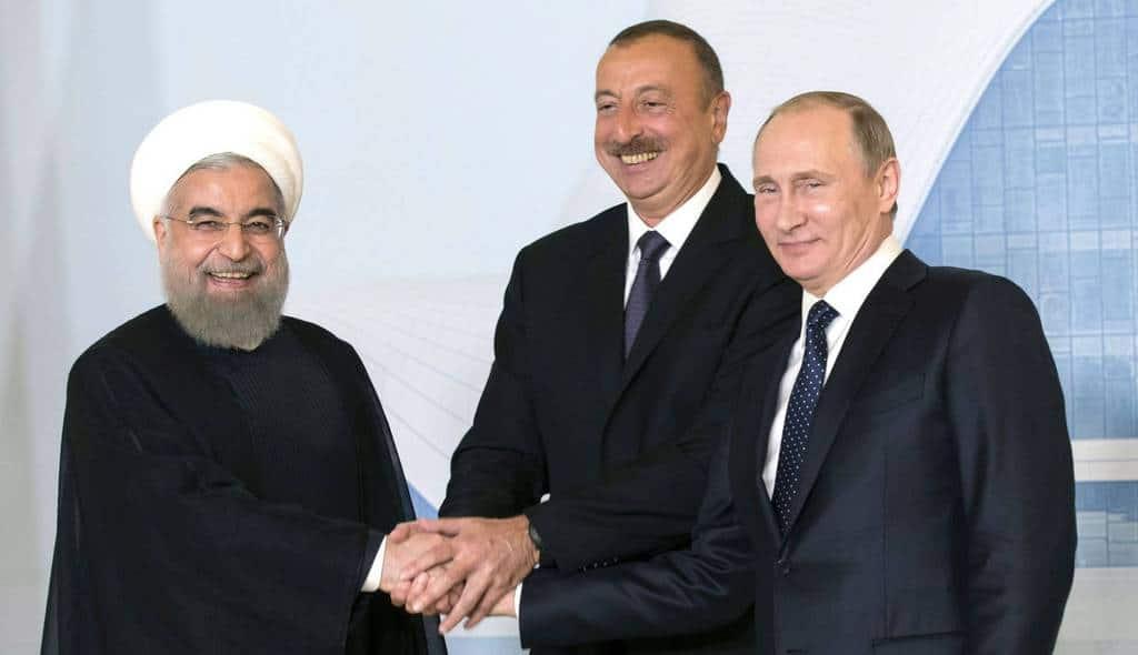 Президентите на Иран, Азербайджан и Русия - Хасан Рухани, Илхам Алиев и Владимир Путин