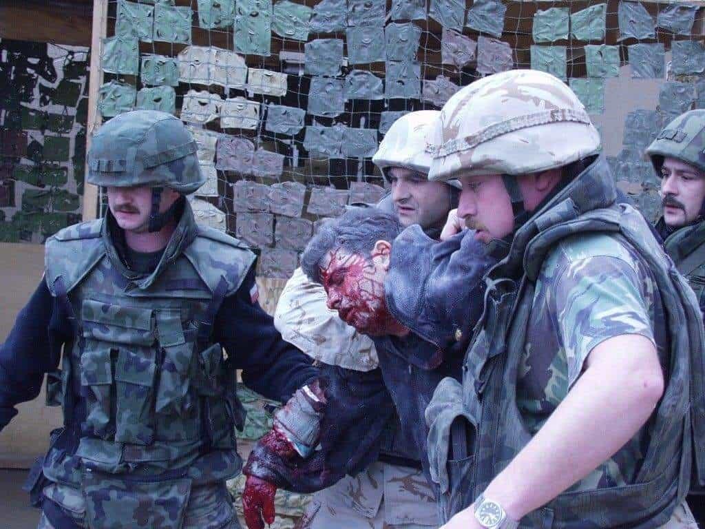 При атентата в иракския град Кербала на 27 декември 2003 г. загиват петима български военнослужещи, а 27 са тежко ранени. Общо българските жертви в цялата иракска кампания са 13.