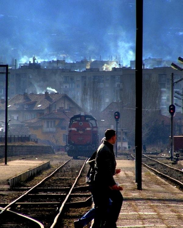 Железницата и хората все повече се разминават. Снимка: авторът