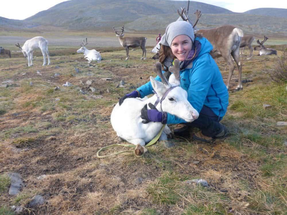 Хлои Филипс-Харис сред степни обитатели в Казахстан