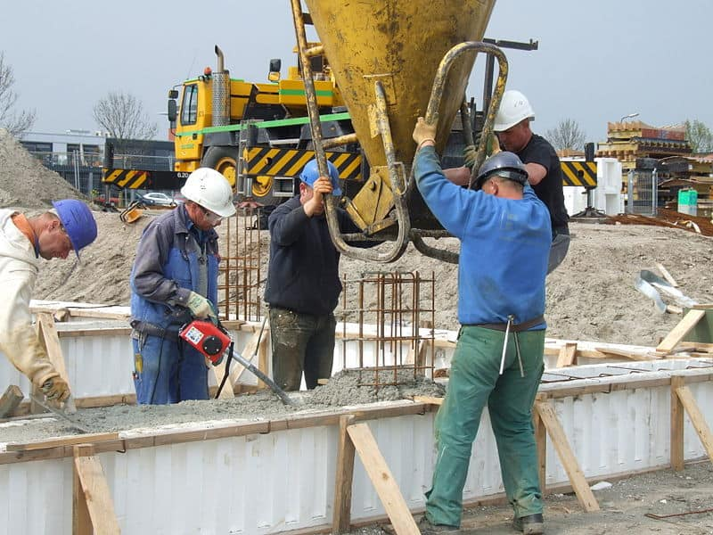 Строителството е един от секторите с най-много нарушения на трудовото законодателство