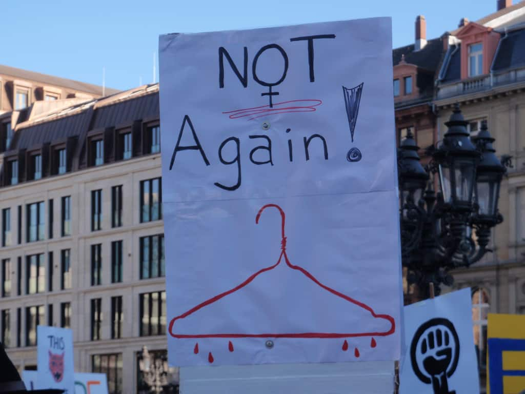 Frankfurt Women's March‎ 2017 - Abortion Poster (Wikimedia Commons)