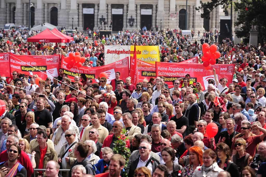 Едни от най-големите демонстрации по повод Международния ден на труда по традиция се провеждат във Виена. Снимка: Wikimedia Commons
