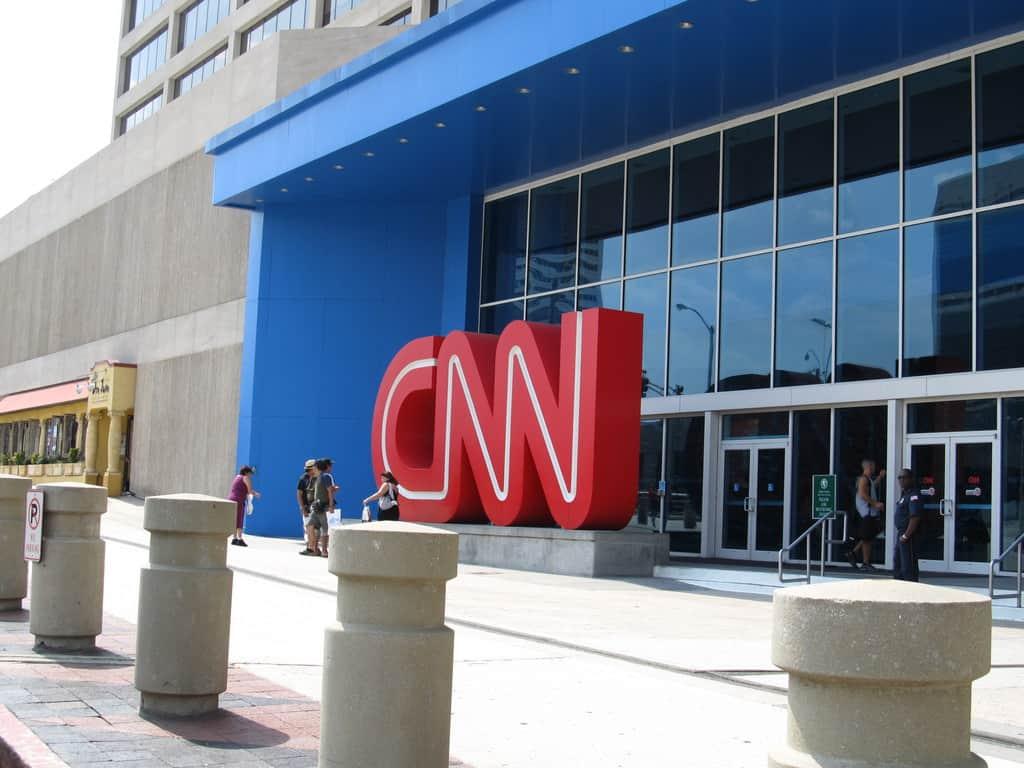 CNN съвсем не са единствените, които е трябвало да изтеглят недоказани твърдения по темата Тръмп-Русия. Снимка: Wikimedia Commons