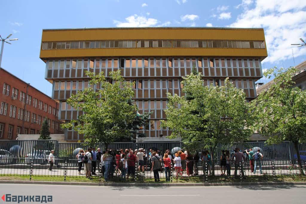 """БНР все още не е съобщило на данъкоплатците колко им струва новият договор с монополиста """"Музикаутор"""". Снимка: Барикада"""
