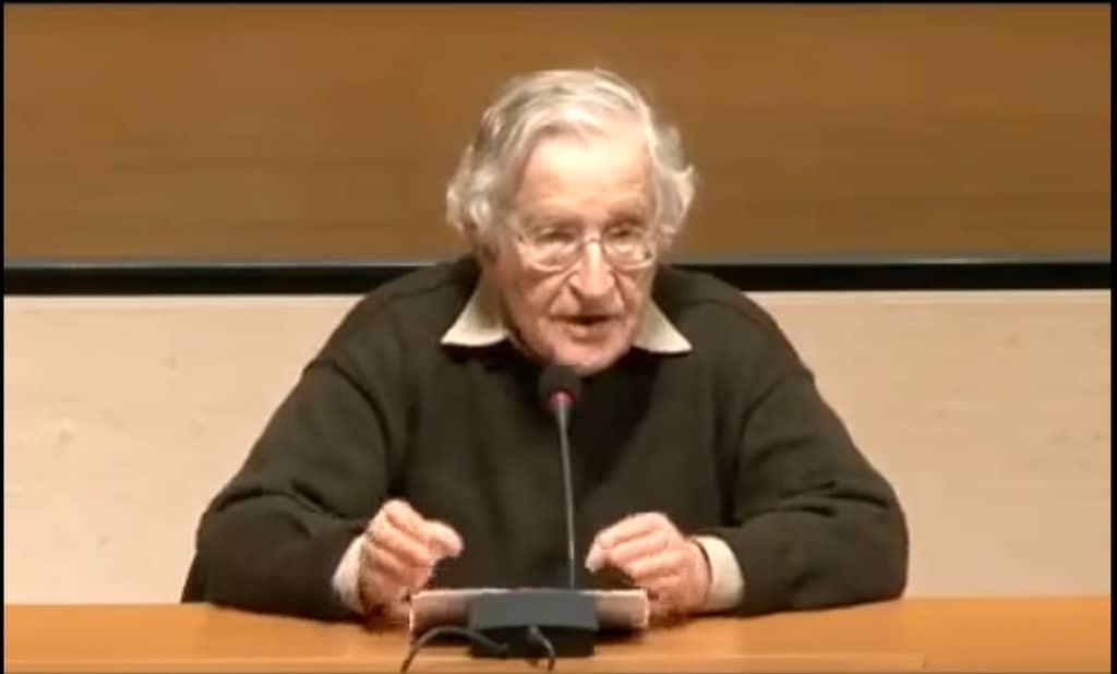 Ноам Чомски. Източник: Youtube