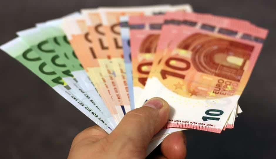 Данните за последното десетилетие показват, че България не може да разчита на чуждестранните инвестиции, за да си гарантира устойчив растеж. Снимка: Pexels