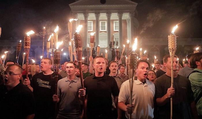 Ултрадесни демонстранти в Шарлотсвил. Снимка: Twitter
