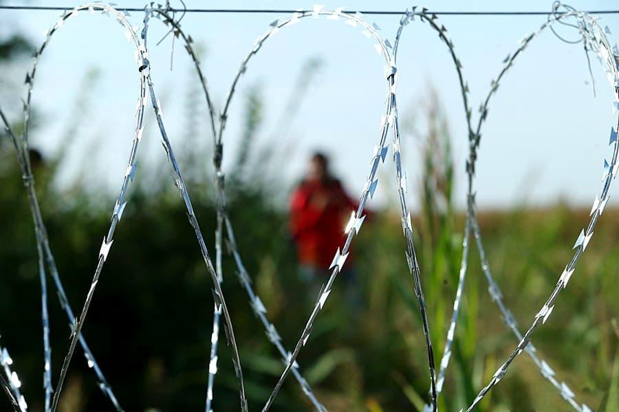 Ограждението струва около 40 пъти повече от годишната издръжка на бежанците в центровете за настаняване в страната от пика на вълната. Снимка: Wikimedia Commons