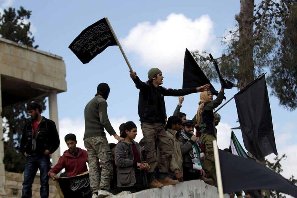 Откритата доминация на Ал Кайда върху въоръжената опозиция е създаде имиджов проблем за чуждестранните спонсори на бунтовниците. Снимка: Wikimedia Commons