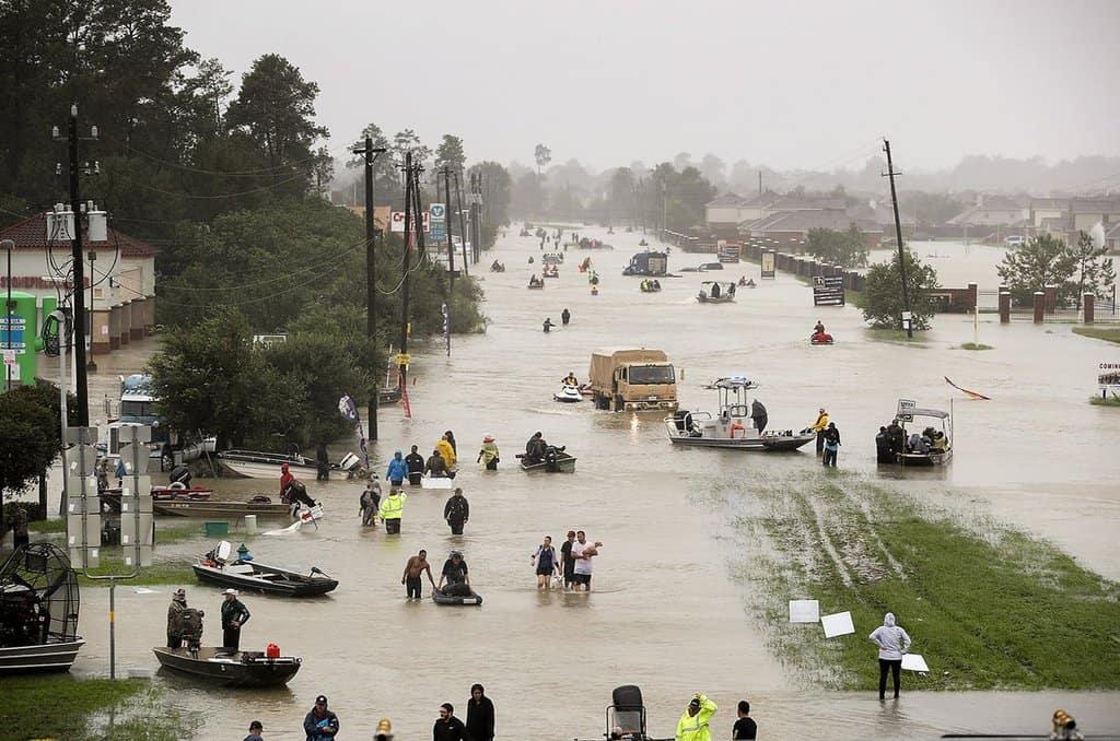 САЩ буквално се давят в последствията от климатичните промени - но това няма да накара пазарните фундаменталисти да се осъзнаят. Снимка: Twitter