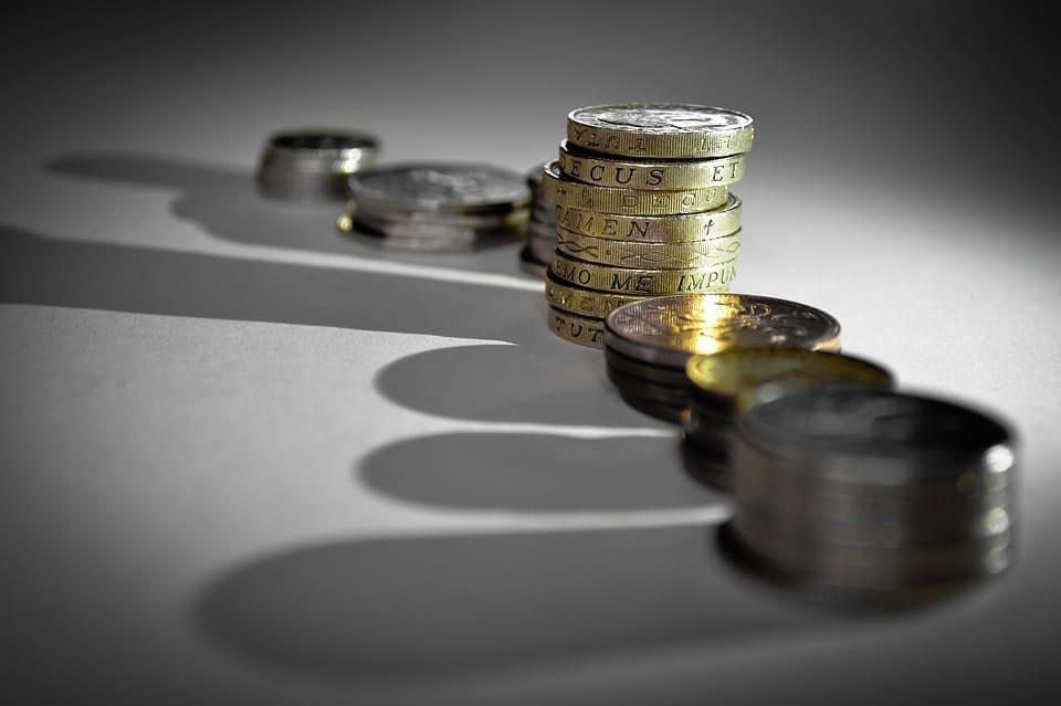 Повече от половината МОД ще бъдат обезсмислени през 2018 г., което означава, че правителството развръзва ръцете на сенчестата икономика за укриване на осигуровки. Снимка: Pixabay