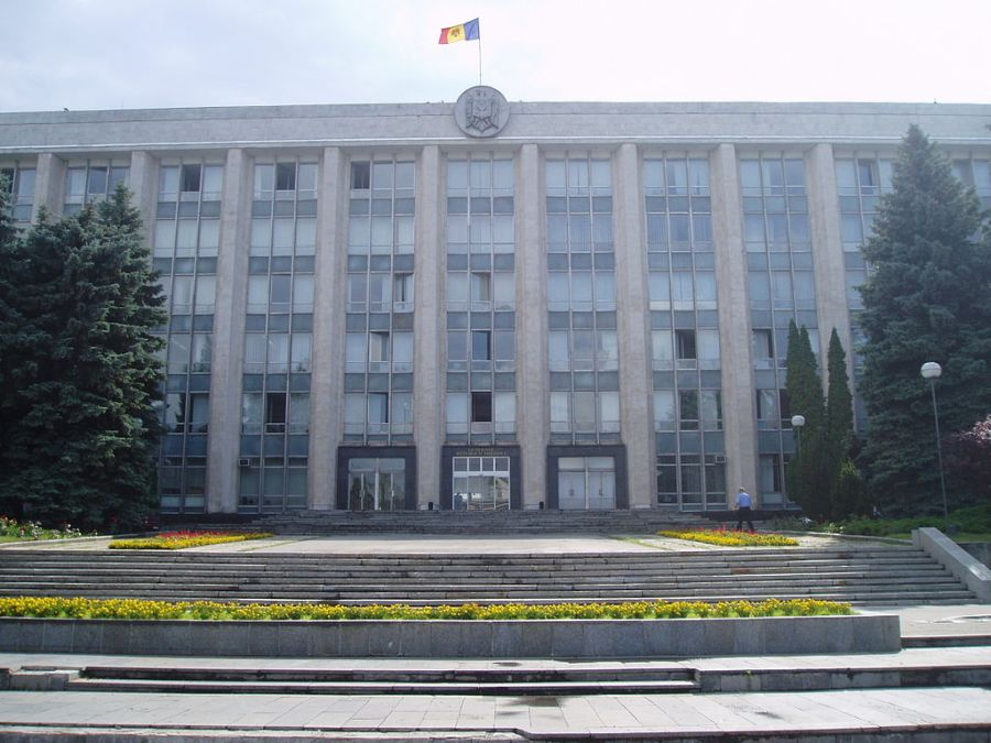 Сградата на молдовското правителство (снимка: Гуторм Флатабо CC BY-SA 2.0)