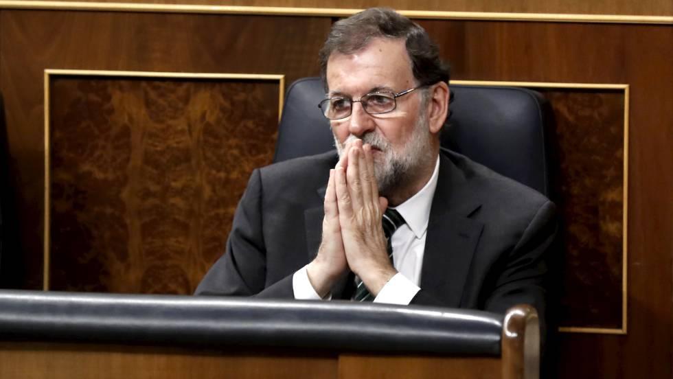 Премиерът на Испания Мариано Рахой по време на днешното заседание на парламента в Мадрид. Снимка: El Pais