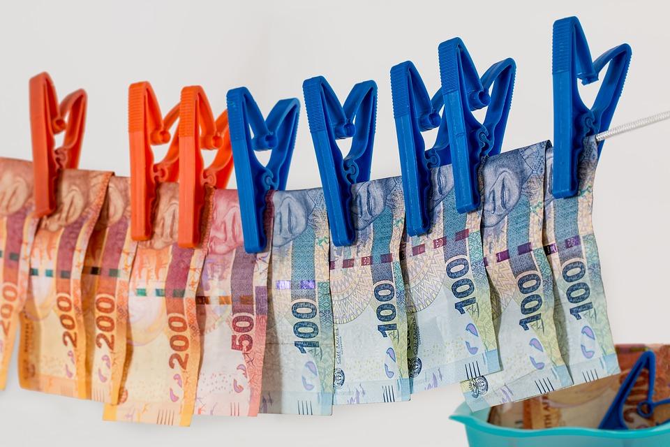 Въпреки ниските данъци у нас. български компании предпочитат да прокарват парите си през офшорни перални. Снимка: Pixabay