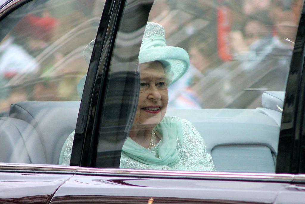 Британската кралица се оказва сериозен офшорен инвеститор. Снимка: Wikimedia Commons