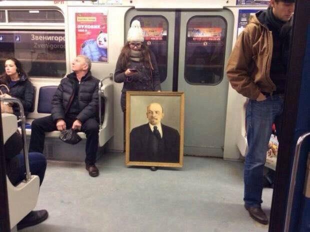 Дори и днес има какво да научим от Ленин. Снимка: facebook.com/HumansOfLateCapitalism/