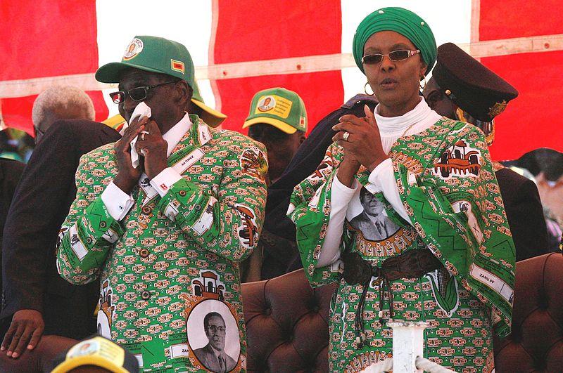 Робърт Мугабе направи грешка, като се опита да направи жена си Грейс свой наследник. Снимка: Wikimedia Commons