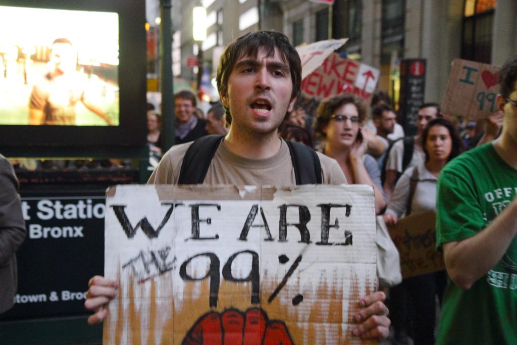 """Кадър от протестите """"Окупирай Уолстрийт"""" през 2011 година. Снимка: Wikimedia Commons"""