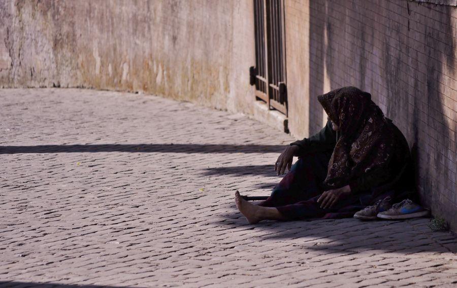 Вътрешният враг - бедните (снимка: Pexels, CC0)