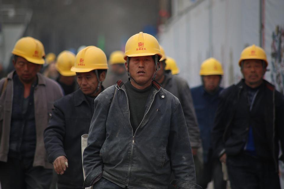 Прехвърлянето на работни места от богатите в развиващите се страни води до забогатяване както на чуждестранните, така и на местните капиталисти. Снимка: https://pixabay.com