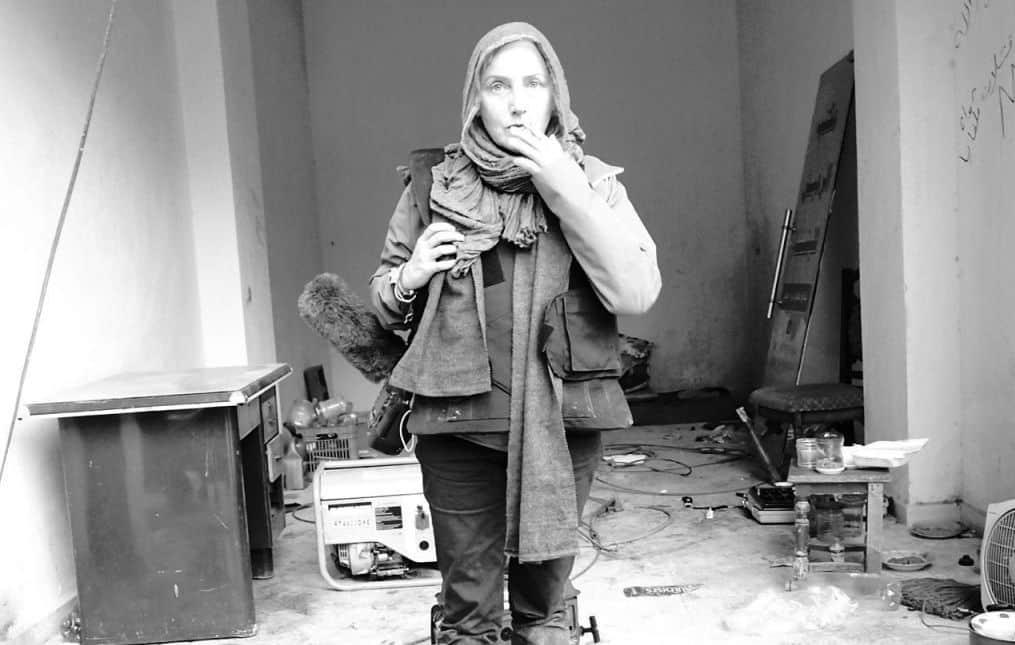 Елена Йончева по време на снимки на неин филм в Сирия. Снимка: dir.bg