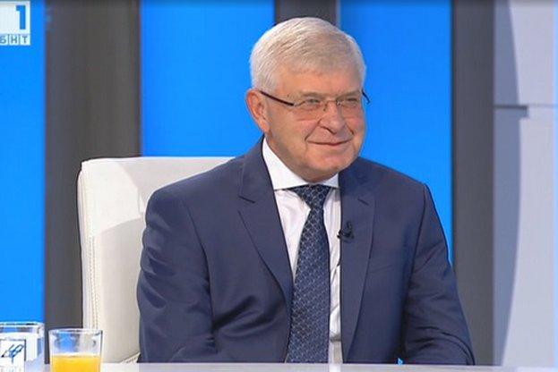 Министър Кирил Ананиев в интервю за БНТ.