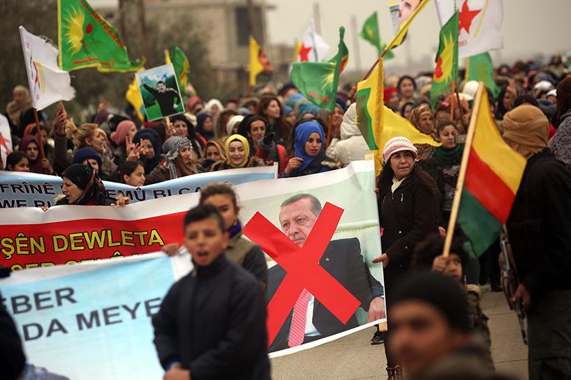 Кюрди в Рожава протестират против турската инвазия в Ефрин. Снимка: http://www.rudaw.net