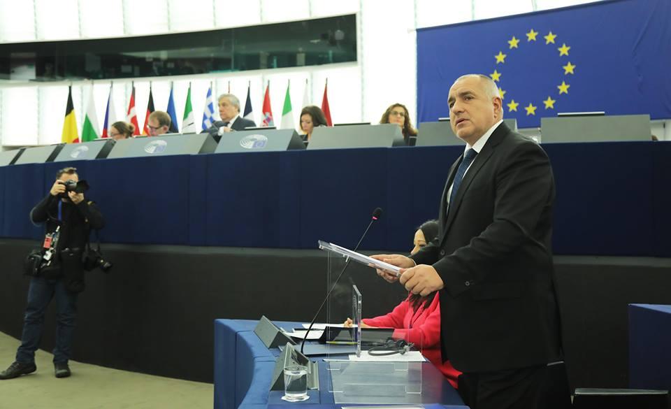 Премиерът отговаряше и на евродепутатите в характерния си стил. Снимка: Личен профил на Бойко Борисов във Фейсбук