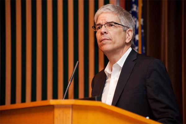 Престоят на Пол Ромър в Световната банка беше бурен, но личностните му особености не са в основата на проблемите с институцията.