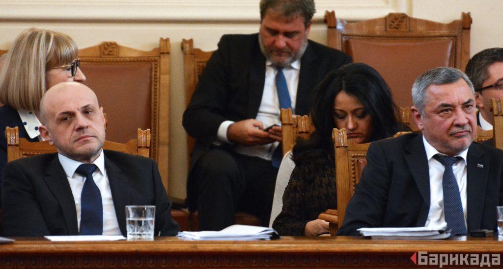 Вицепремиерът Валери Симеон отдавна е сред най-яростните защитници на вноса на чуждестранни работници.