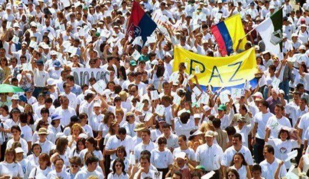 Мощно мирно послание искат да отправят народите на Венесуела и Колумбия с общата си мирна инициатива, обавена за 1 и 2 март. Снимка: Resumen Latinoamericano