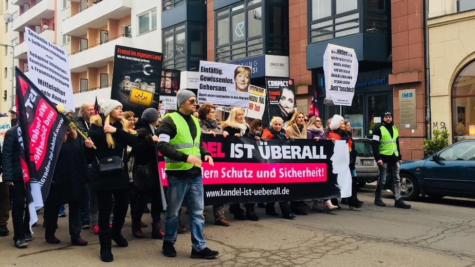 """""""Маршът на жените"""" на Алтернатива за Германия инструментализира феминизма по квой расистки начин. Снимка: Die Zeit"""