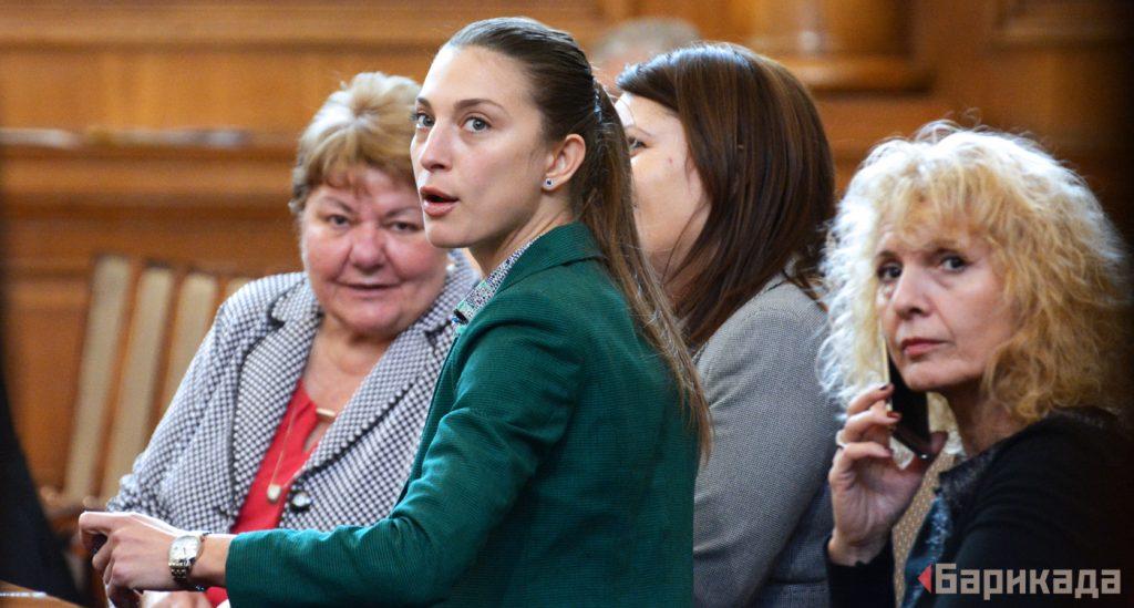 """Част от парламентарната група на ВОЛЯ. Снимка: """"Барикада"""""""