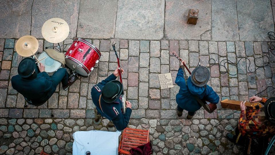 Улични музиканти в Хелзинки. Снимка: Pixabay