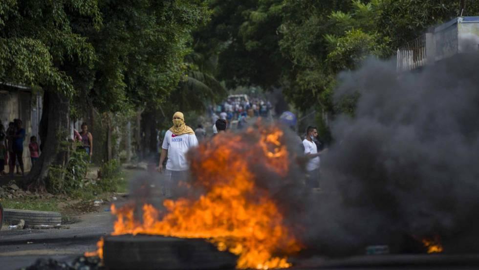 Дойде ред и в Никарагуа да видим същите сцени, каквито гледахме миналото лято във Венесуела. Снимка: EFE