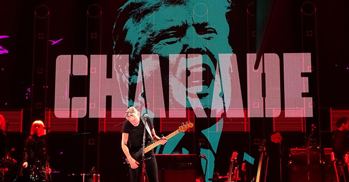 Roger_Waters_in_Concert_-_Rogers_Arena_-_Vancouver_-_BC_-_Canada