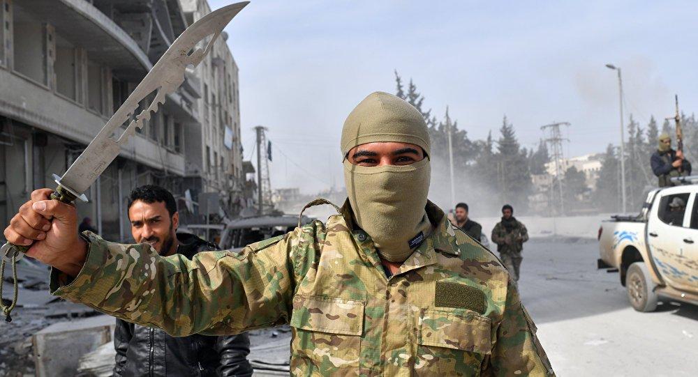 Дори заселените в Африн араби от Гута се притесняват от безнаказно върлуващите протурски милиции. Снимка: Twitter