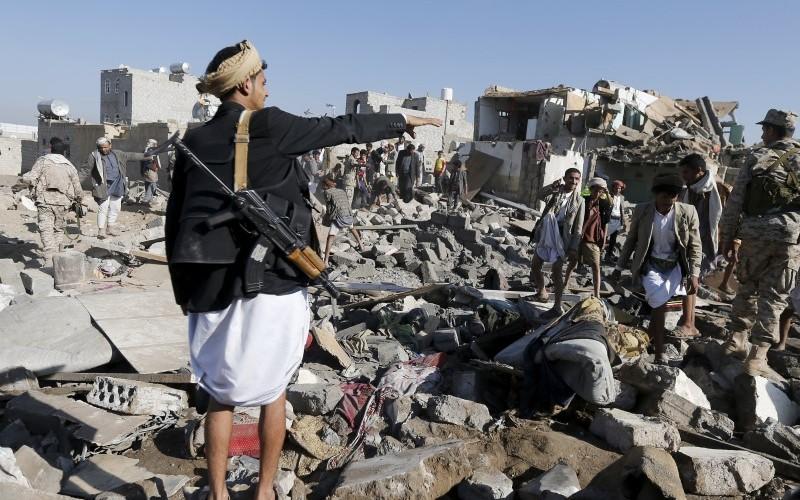 Британските бомби носят разрушение в и без това опустошения от война, болести и глад Йемен.