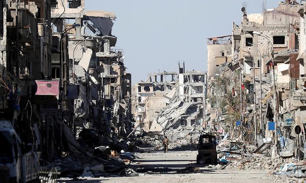 Град Ракка бе освободен от ИДИЛ, но на цената на почти пълно унищожение. Снимка: Reuters