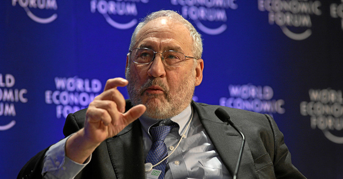 1200px-Stiglitz_-_World_Economic_Forum_Annual_Meeting_Davos_2009
