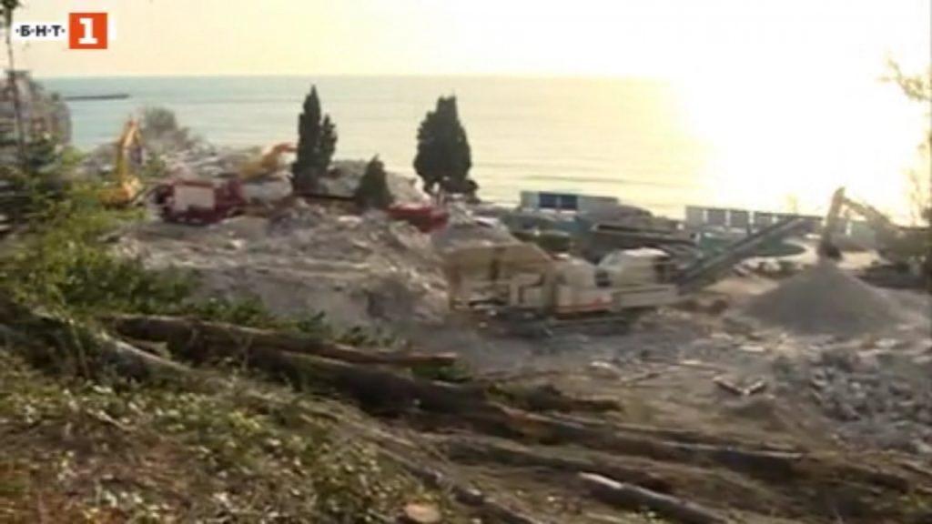 """Руините на хотел """"Вероника"""". Източник: БНТ"""
